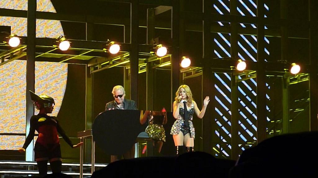 Live in Australia in coppia con Kylie Minogue.