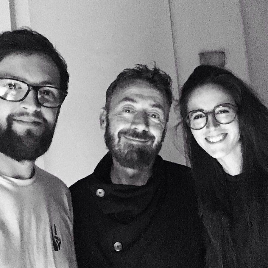 Luca e Giulia, ovvero i Gugu Productions, insieme al mitico Benny Benassi.